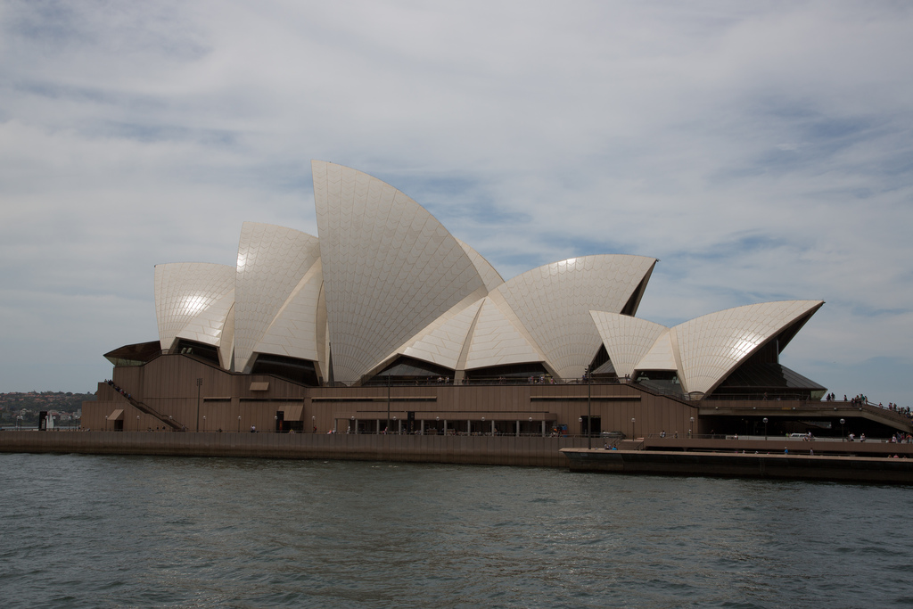 Sydney 136
