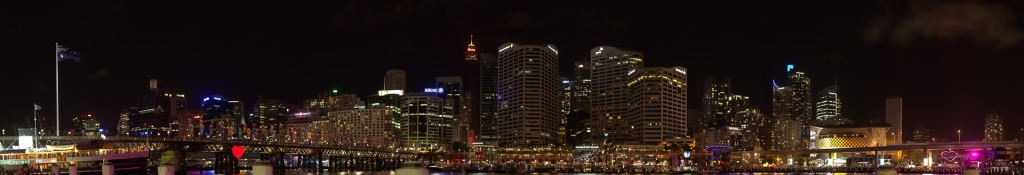 sydney_photo_fireworks_pano-1